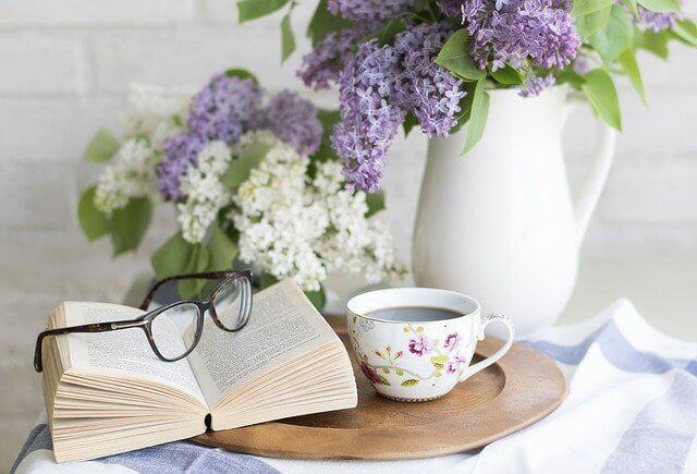 花本眼鏡コーヒー写真
