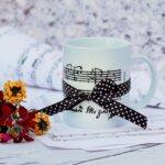 楽譜音符柄のマグカップ